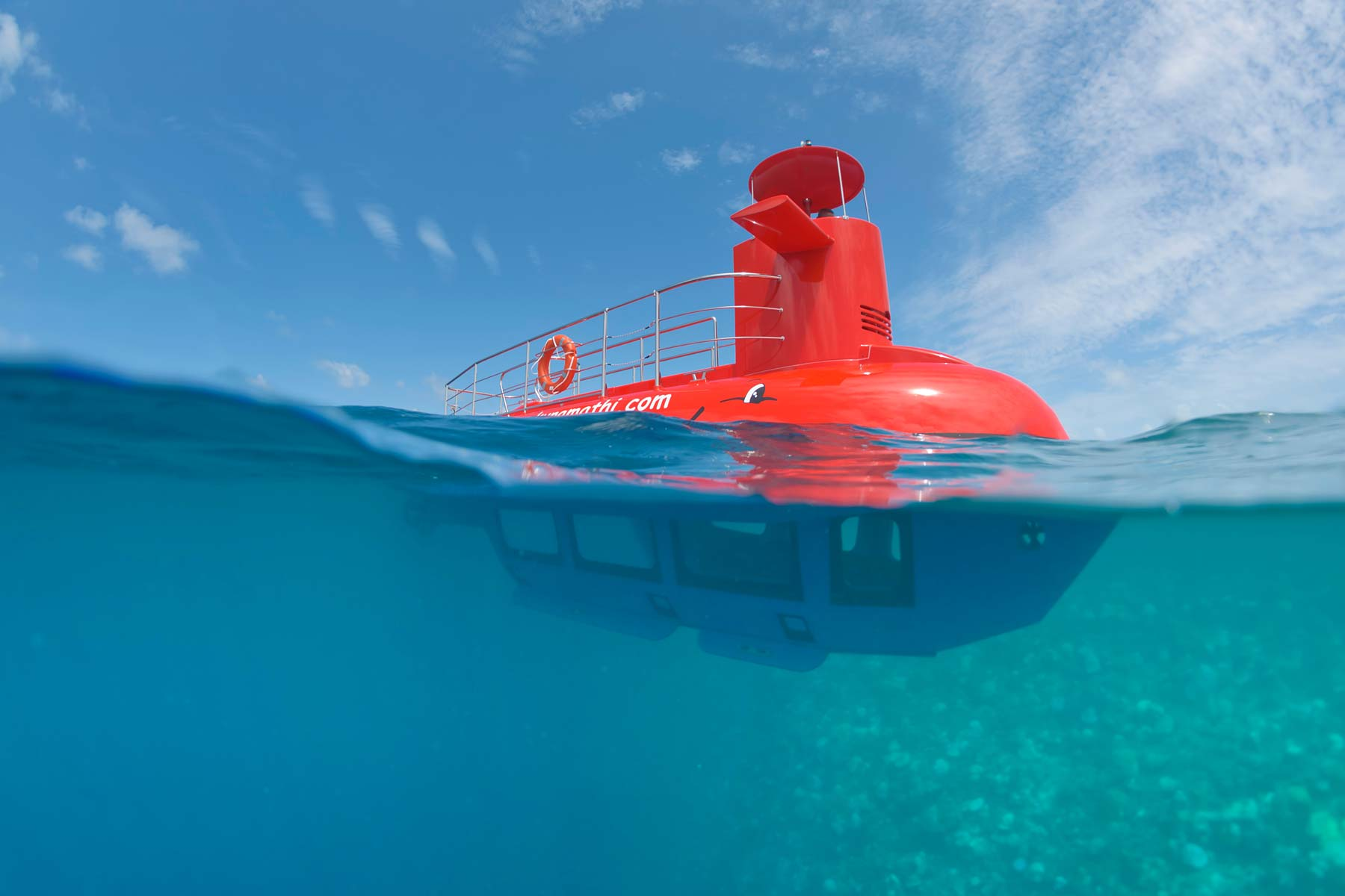 Resorts also offer submarine tours