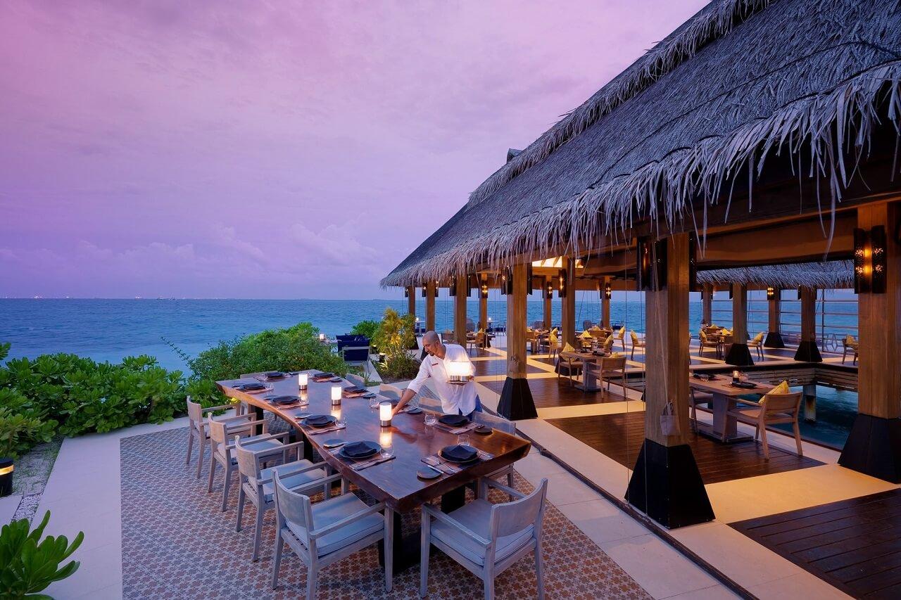 Отели Мальдив с лучшим питанием: 10 резортов