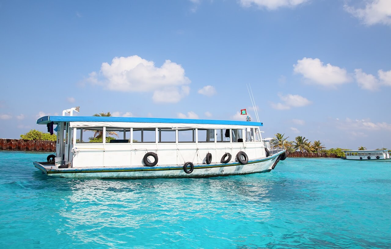 Ferries in the Maldives: prices, routes, timetables, tips