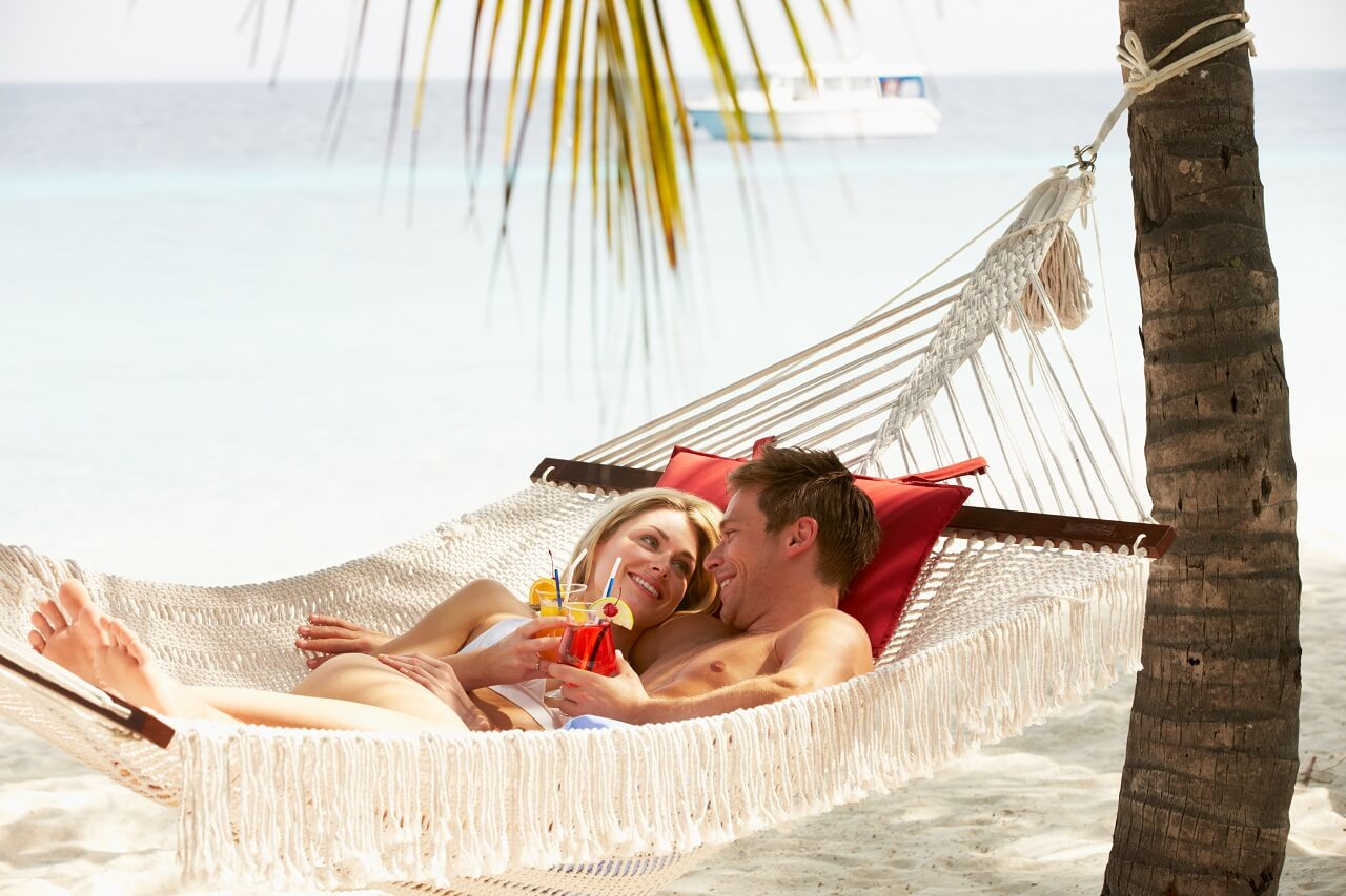 Лучшие отели Мальдив для медового месяца: 7 романтических островов