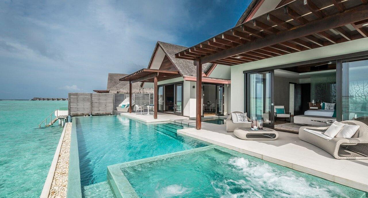 Лучшие виллы с бассейнами на Мальдивах: 14 вилл для идеального отдыха