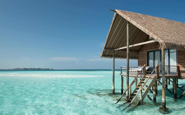Самые маленькие отели Мальдив: 8 островов