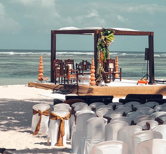 Honeymoon and wedding anniversaries