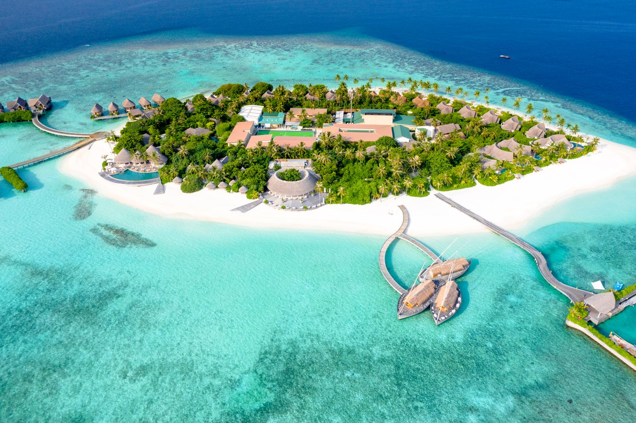 The most beautiful islands of the Maldives: top 10 places